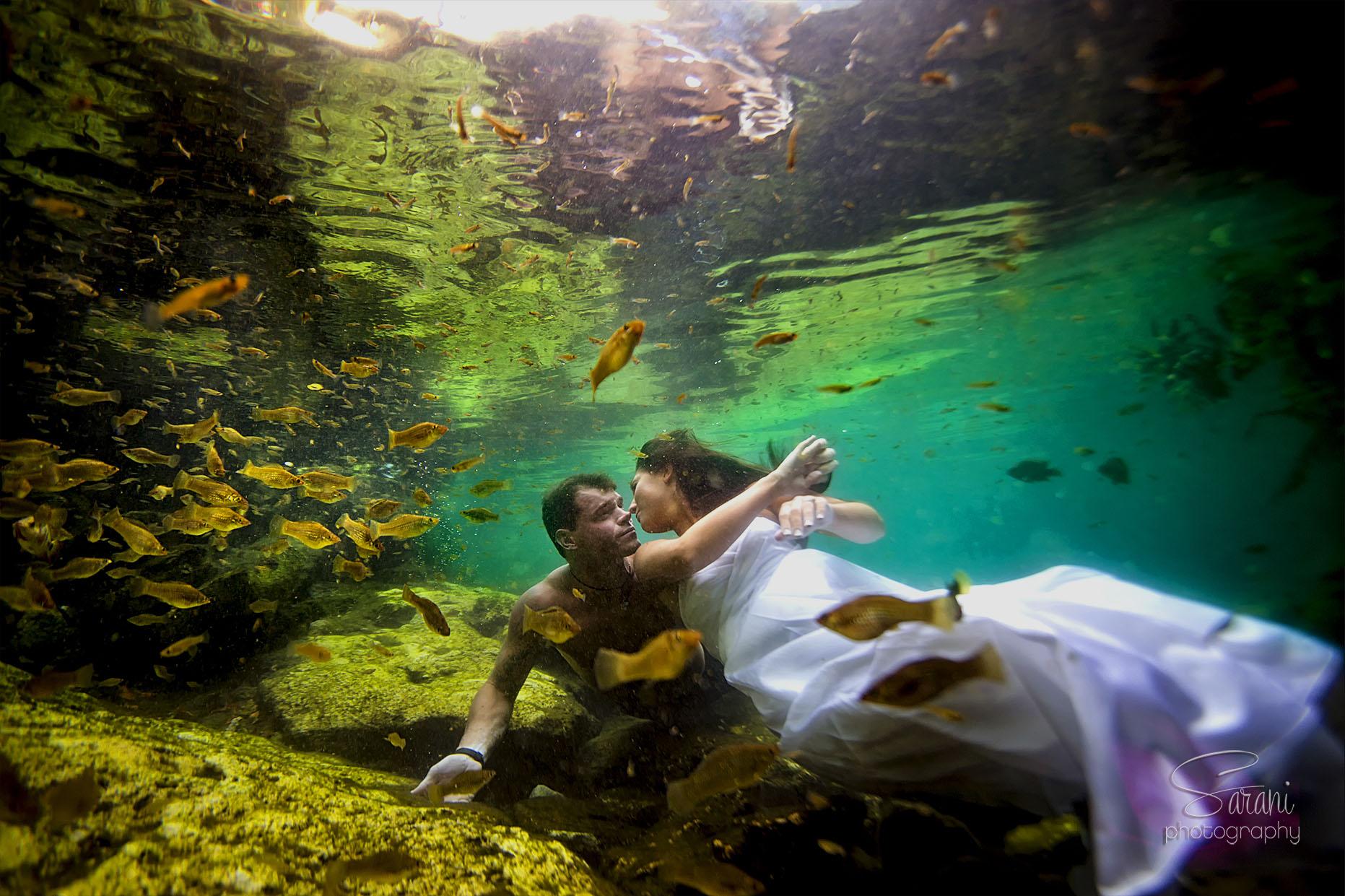 Riviera Maya Underwater Trash the Dress Photo Session