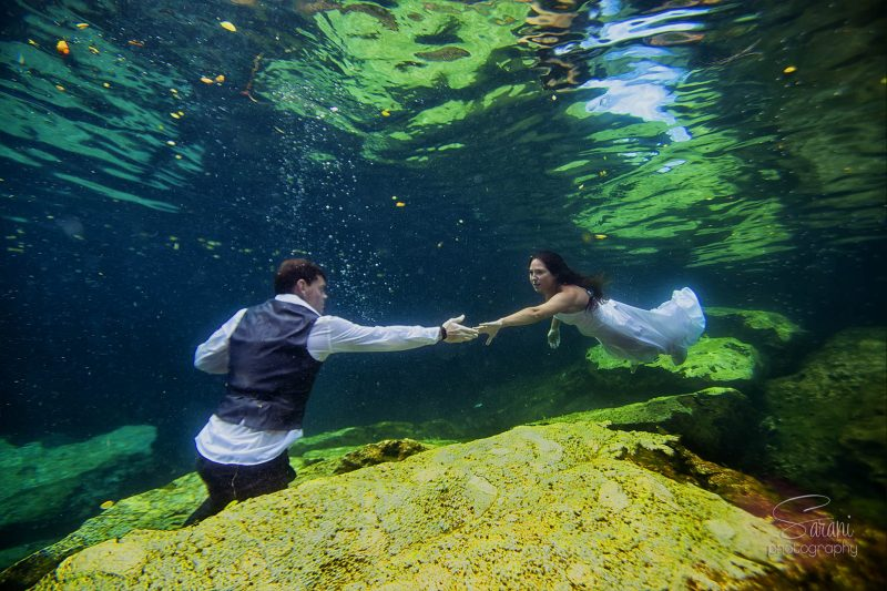 Riviera Maya Underwater Trash the Dress Photo Session